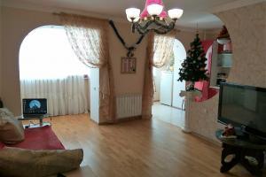Продам трехкомнатную квартиру в Приднепровск
