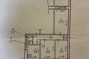 Продам трехкомнатную квартиру под ремонт на Тополе 2 (Сич)