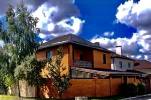 Продам дом в Царском